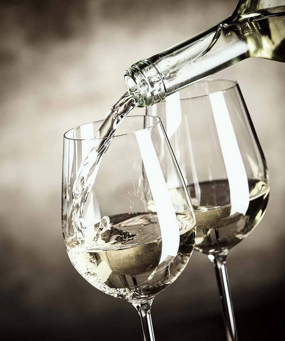 vino bianco cortese